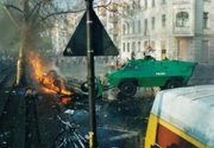 Ausschreitungen am 1. Mai 2001 in Berlin